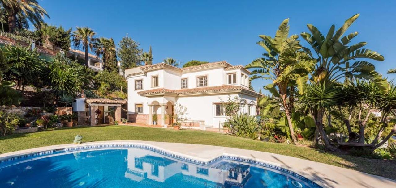 5 Slaapkamer Villa Nueva Andalucia