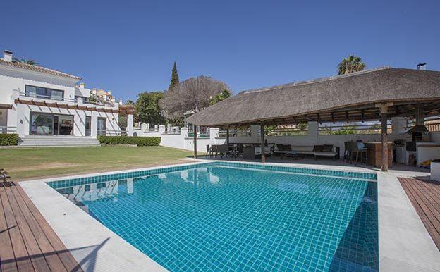 villa nueva andalucia